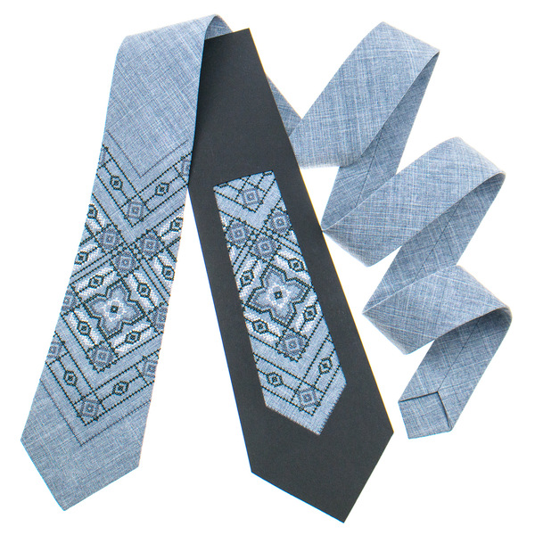 Классический галстук с вышивкой №920