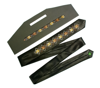 Узкий галстук с вышивкой Дельта
