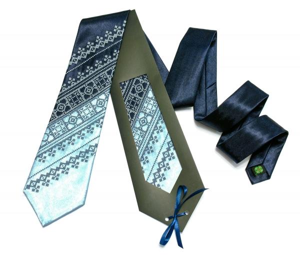 Галстук с вышивкой Сине-голубой дуэт