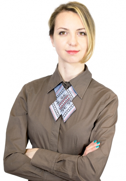 Кросс-галстук с вышивкой Млада