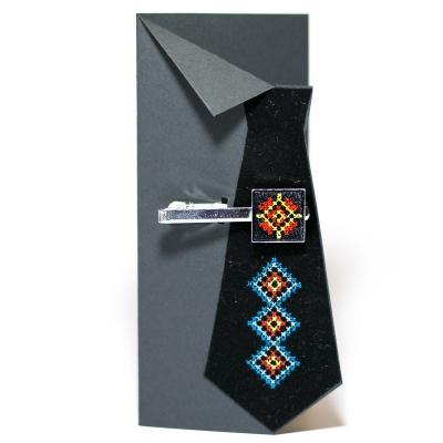 Вышитый зажим для галстука с орнаментом (черный)