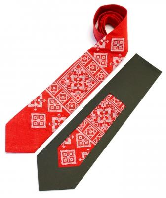 Вышитый галстук из льна Колун