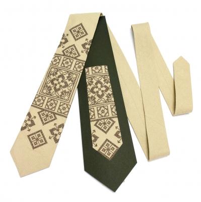 Вышитый галстук из льна Лан