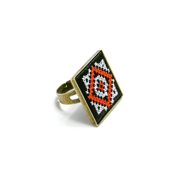 Вышитое кольцо Чаяна