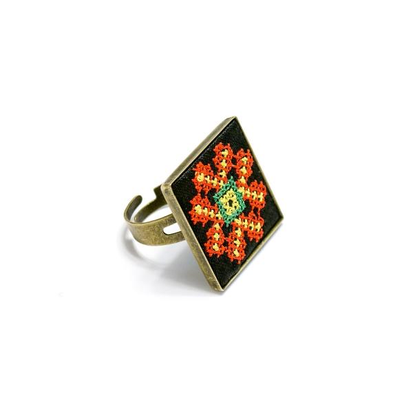 Вышитое кольцо Волшебница