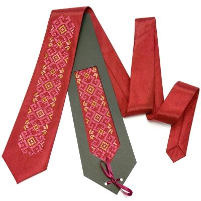Вышитый галстук Буян