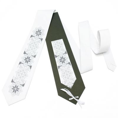 Вышитый галстук Билык