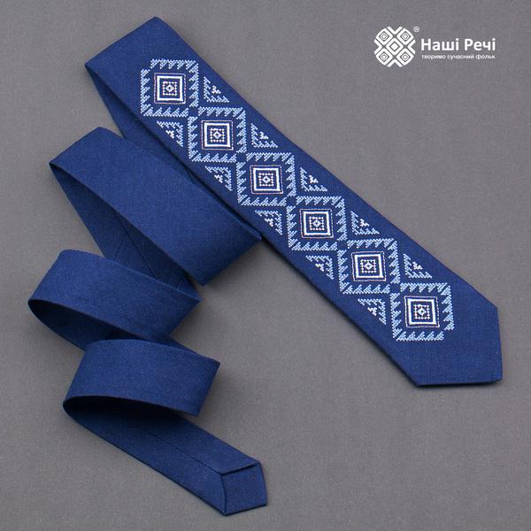Вышитый галстук из льна №929