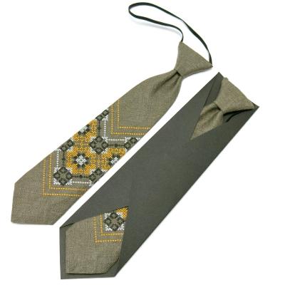 Детский вышитый галстук из льна №673