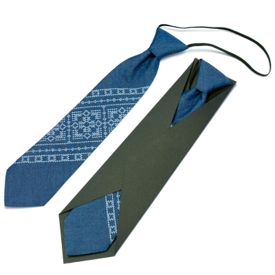 Детский вышитый галстук №594