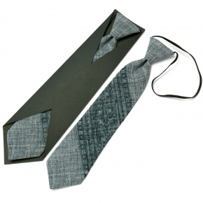 Детский вышитый галстук №595