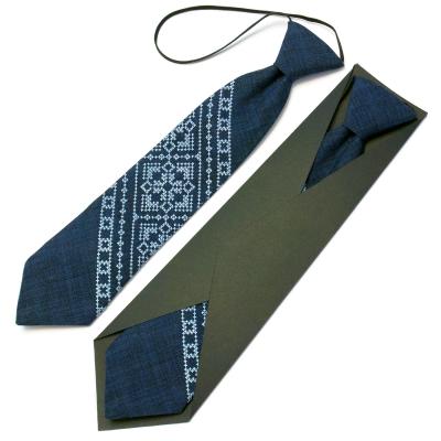 Детский вышитый галстук №597