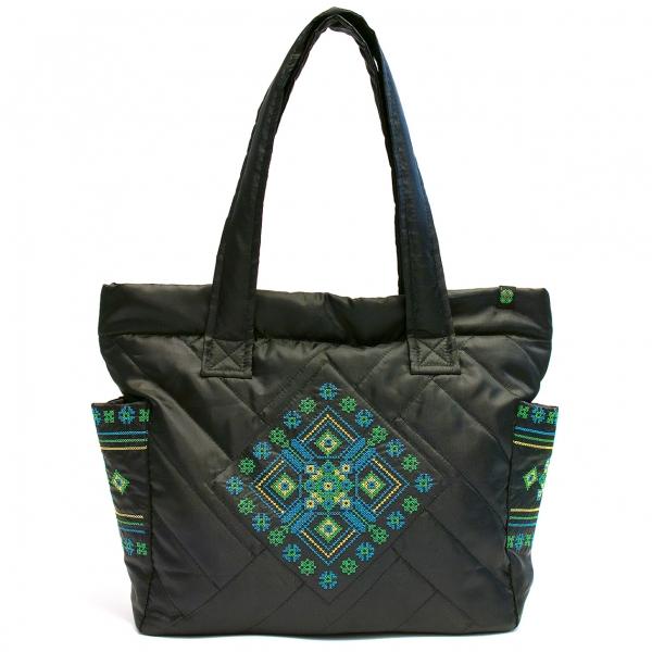 Дутая сумка с вышивкой №1