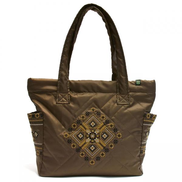 Дутая сумка с вышивкой №2