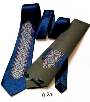 Галстук с вышивкой Зорян