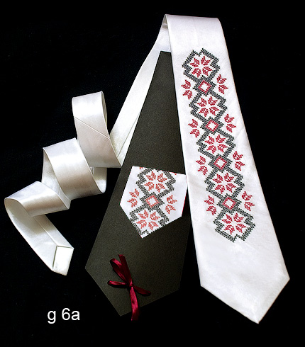 Галстук с вышивкой Билокур