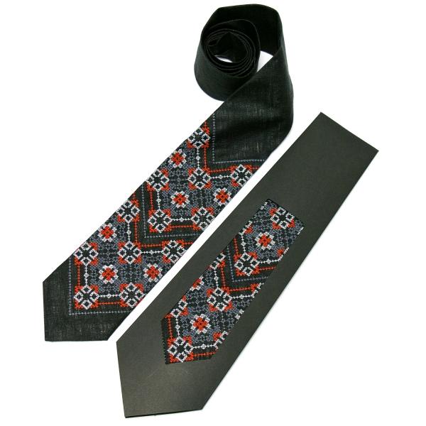 Вышитый галстук из льна №679