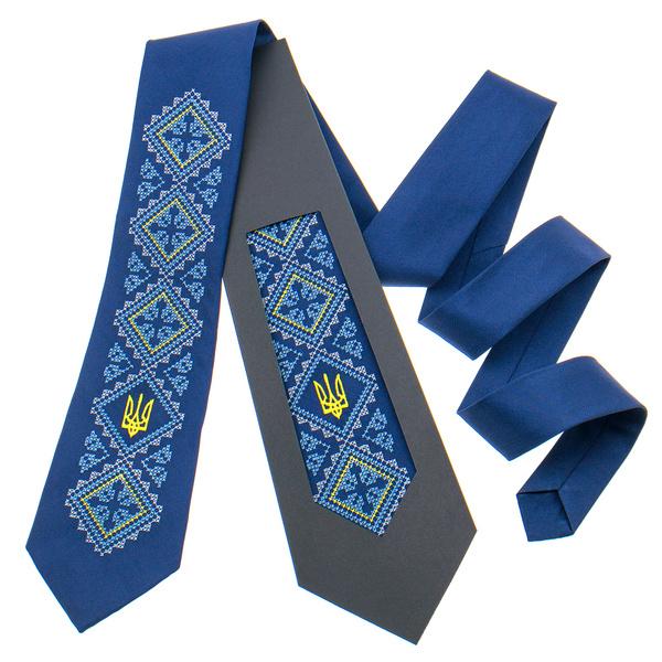 Вышитый галстук с трезубом №820