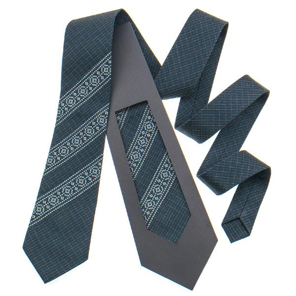 Классический галстук с вышивкой №838