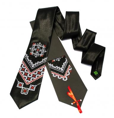 Галстук с вышивкой Чернин