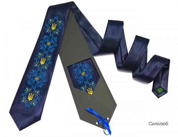 Галстук с вышивкой Силолюб