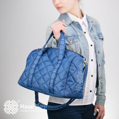 Вышитая сумка-бочонок синяя №771