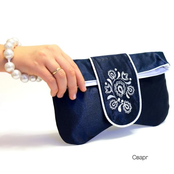 Клатч с вышивкой Сварг