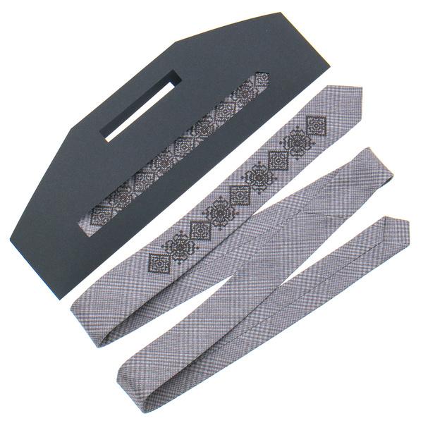 Узкий галстук с вышивкой №916