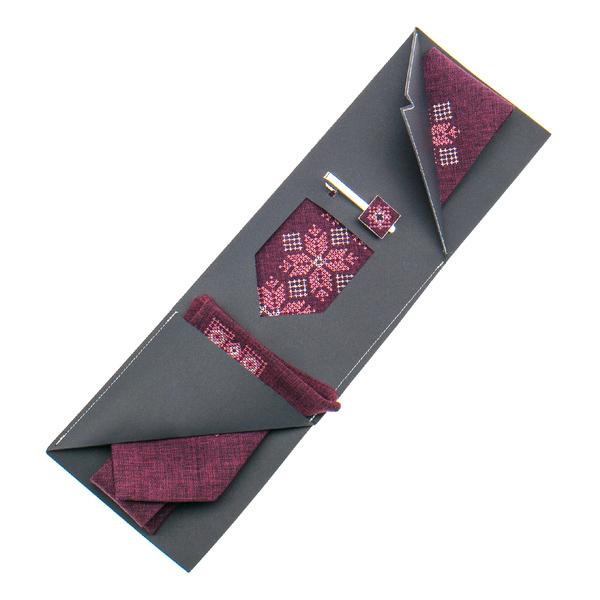 Вышитый галстук с платком и зажимом №865