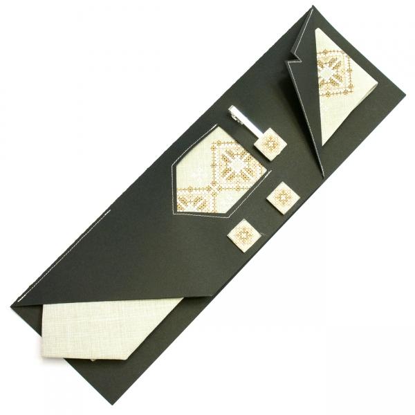 Вышитый набор Дяк. Вышитый галстук + зажим + запонки
