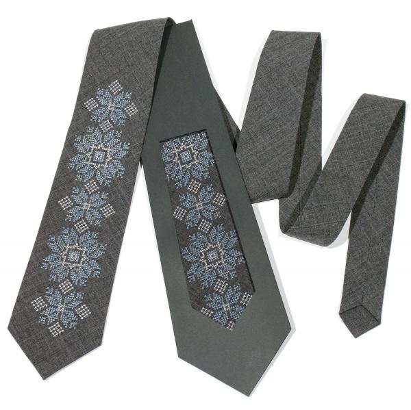Модный вышитый галстук №681