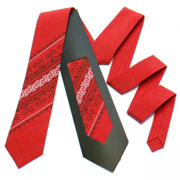 Вышитый галстук №735