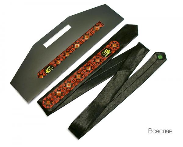 Узкий галстук с вышивкой Всеслав