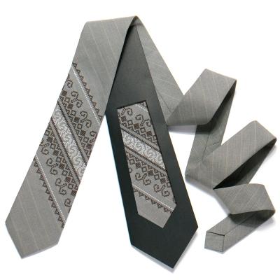 Вышитый галстук №724