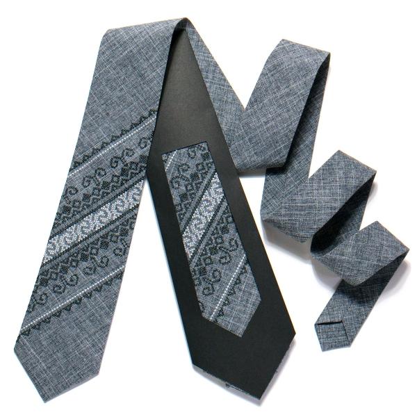 Вышитый галстук №728