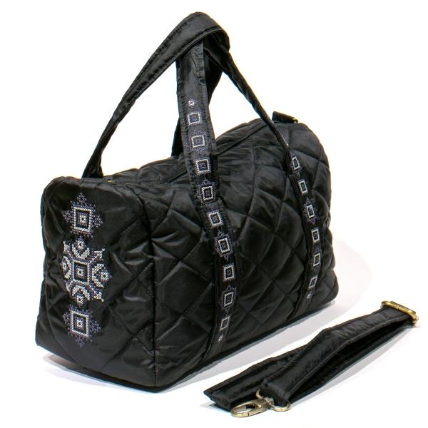 Вышитая сумка-бочонок черная №769