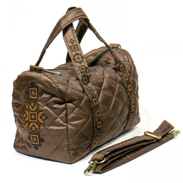 Вышитая сумка-бочонок коричневая №768