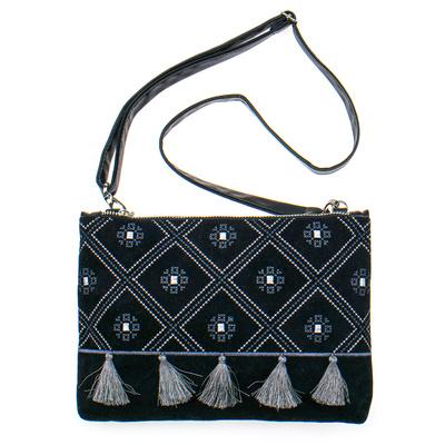 Вышитая сумка на плечо или запястье №875