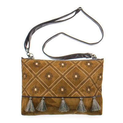 Вышитая сумка на плечо или запястье №876