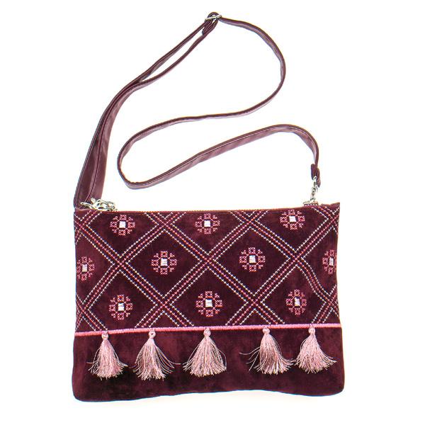 Вышитая сумка на плечо или запястье №878
