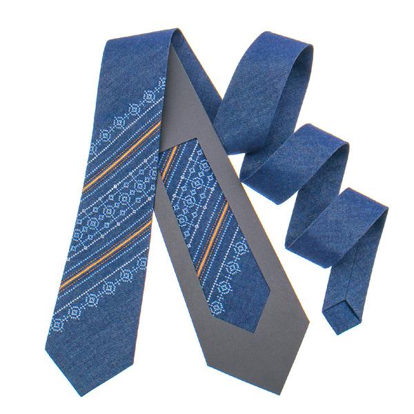 Джинсовый галстук с вышивкой №898