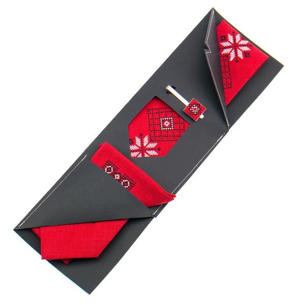 Вышитый галстук с платком и зажимом №852
