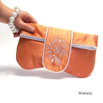 Клатч с вышивкой Живорід